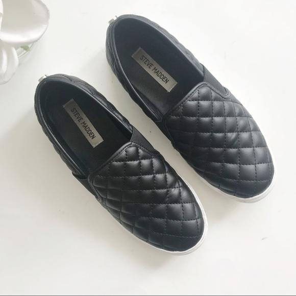 169a07925e0 Steve Madden Endell Quilted Slip on Sneaker Sz. 9.  M 5bc3961da5d7c6377ecc8afb